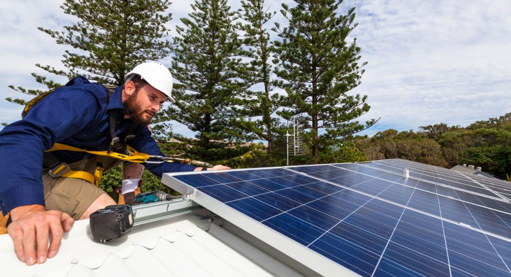 solar installer – sustainability career challenges